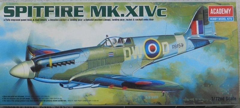 Spitfire Mk  Xivc - Escala 1/72 - Academy