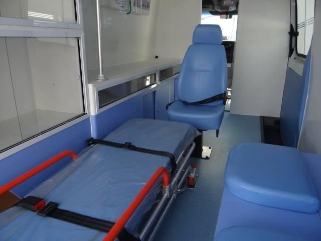 sprinter 415 t. alto 0km ambulância uti