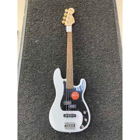 Squier Precisión Bass