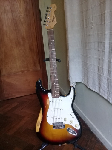 squier strat by fender california series/permuto