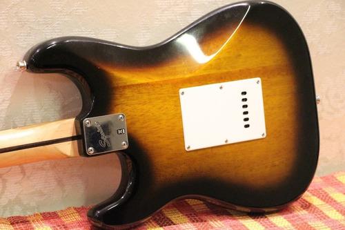 squier stratocaster bullet strat by fender vintage sunburst