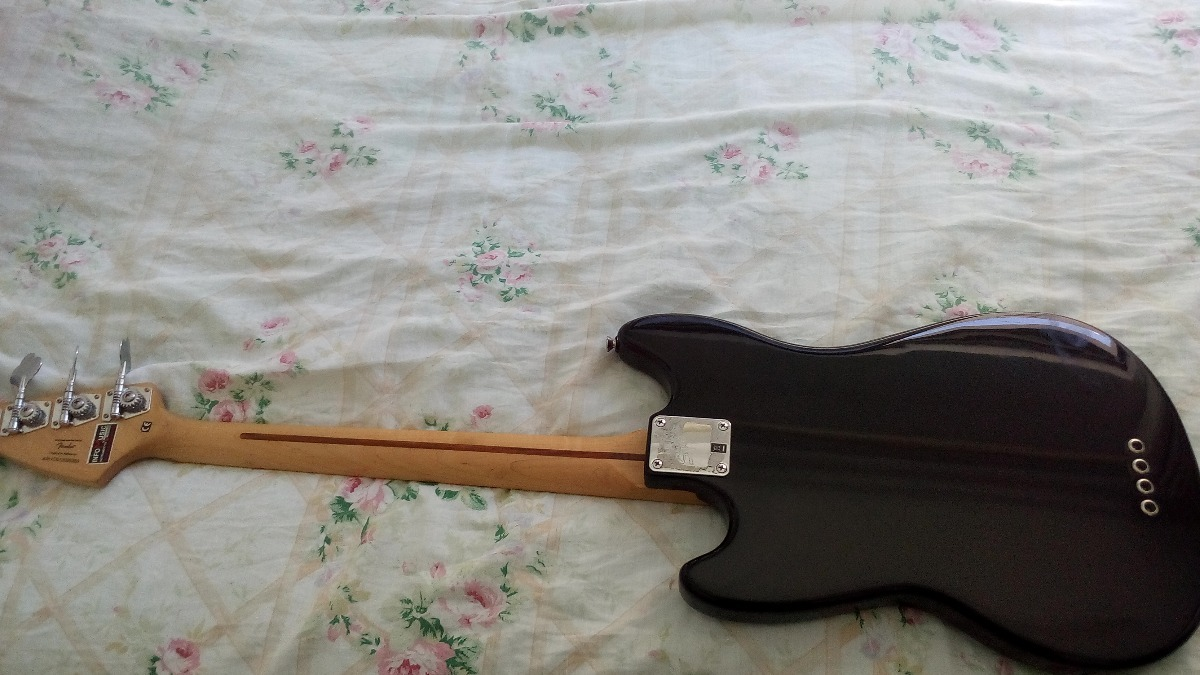 Squier Mustang Bass Squier-vintage-modified-mustang-bass-D_NQ_NP_920833-MLB26951098830_032018-F