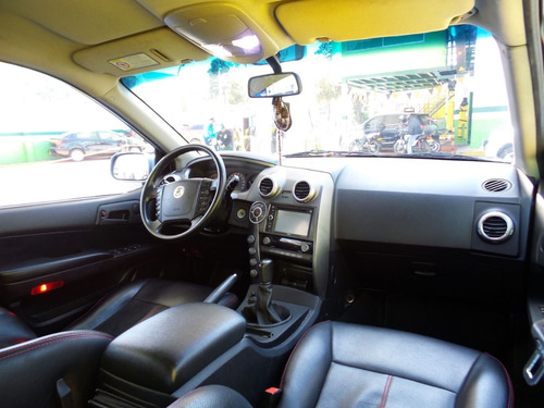 ssangyong actyon 2.300cc mt