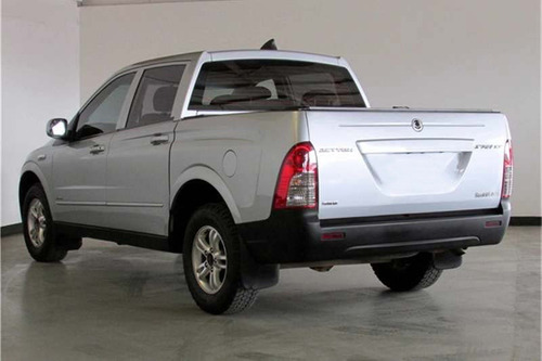 ssangyong actyon pick up 4 x 4