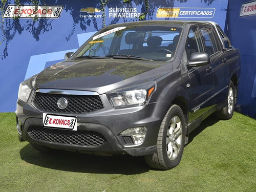 ssangyong actyon  sports aut 2.0 4x2 s 2013