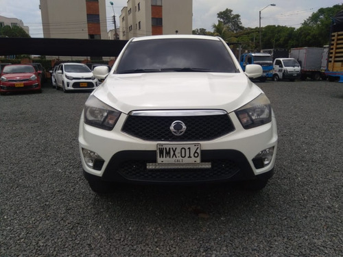 ssangyong actyon turbo diesel 4x4 2015