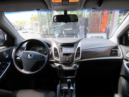 ssangyong korando  aut sec cc 2000
