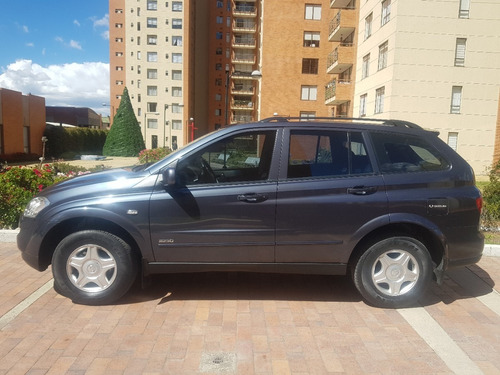 ssangyong kyron mec 2300 gasolina 7psj modelo 2012