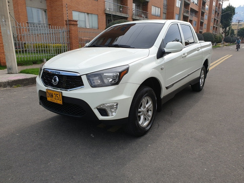 ssangyong new actyon sports mt 2000 cc td 2017