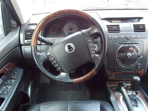 ssangyong rexton 2.7 xdi limited auto 4x4 2008