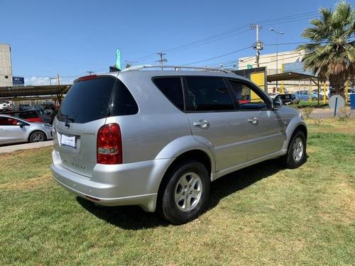 ssangyong rexton  4x42.7 2012