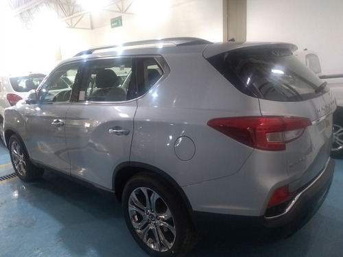 ssangyong rexton g4 7 pas 5p aut 2000cc tg rfe (elite)
