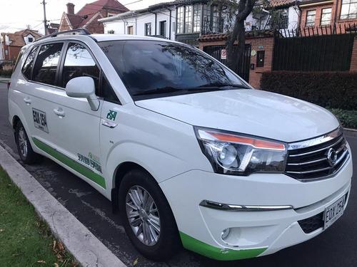 ssangyong rodius servicio especial 2018 48000km 10 puestos