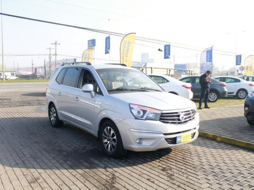 ssangyong stavic stavic aut