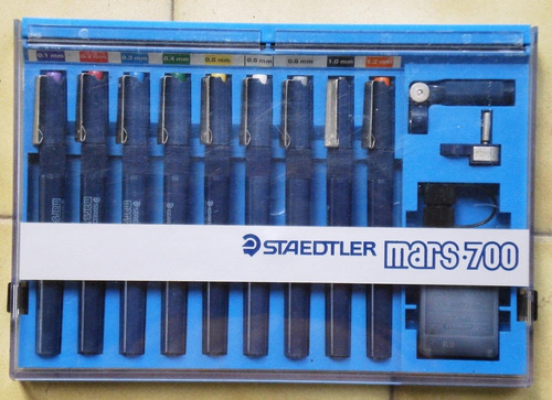 staedtler mars-700 caja conteniendo 9 estilografos y accesor