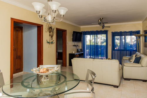 stanza mare 2bd 2bt pool view 1 min walking to the beach