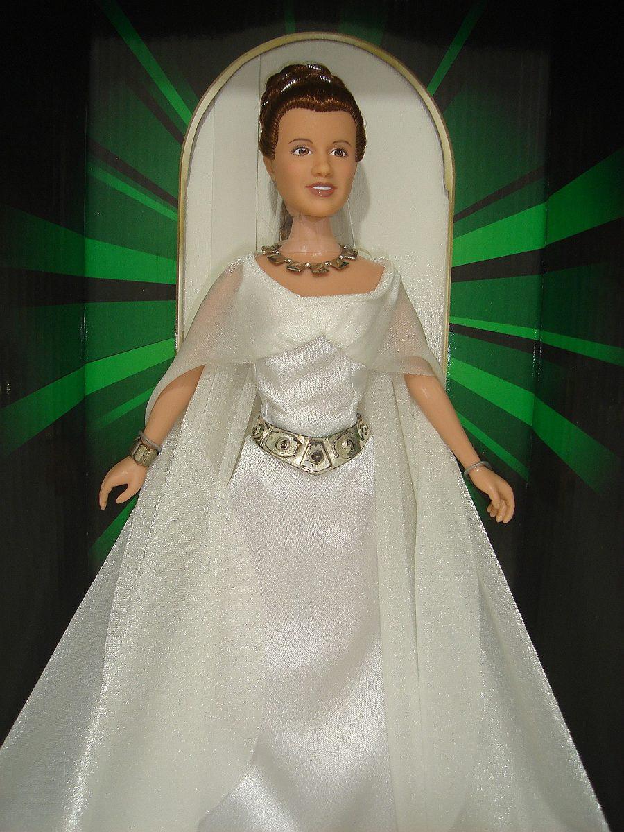 Unique Princess Leia Ceremonial Gown Photo - Wedding and flowers ...