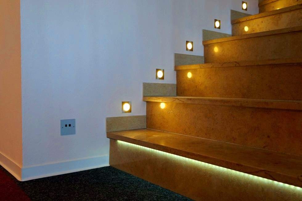 starisled kit 1 iluminacion led automatica de escaleras s en mercado libre. Black Bedroom Furniture Sets. Home Design Ideas