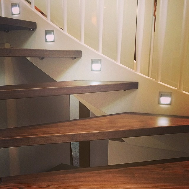 Starisled kit 1 iluminacion led automatica de escaleras for Apliques de led para escaleras
