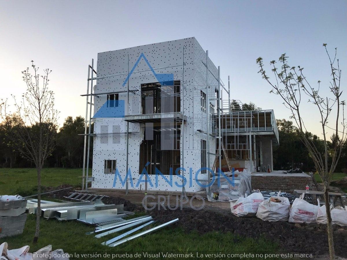 Steel en llave en for Casas en construccion
