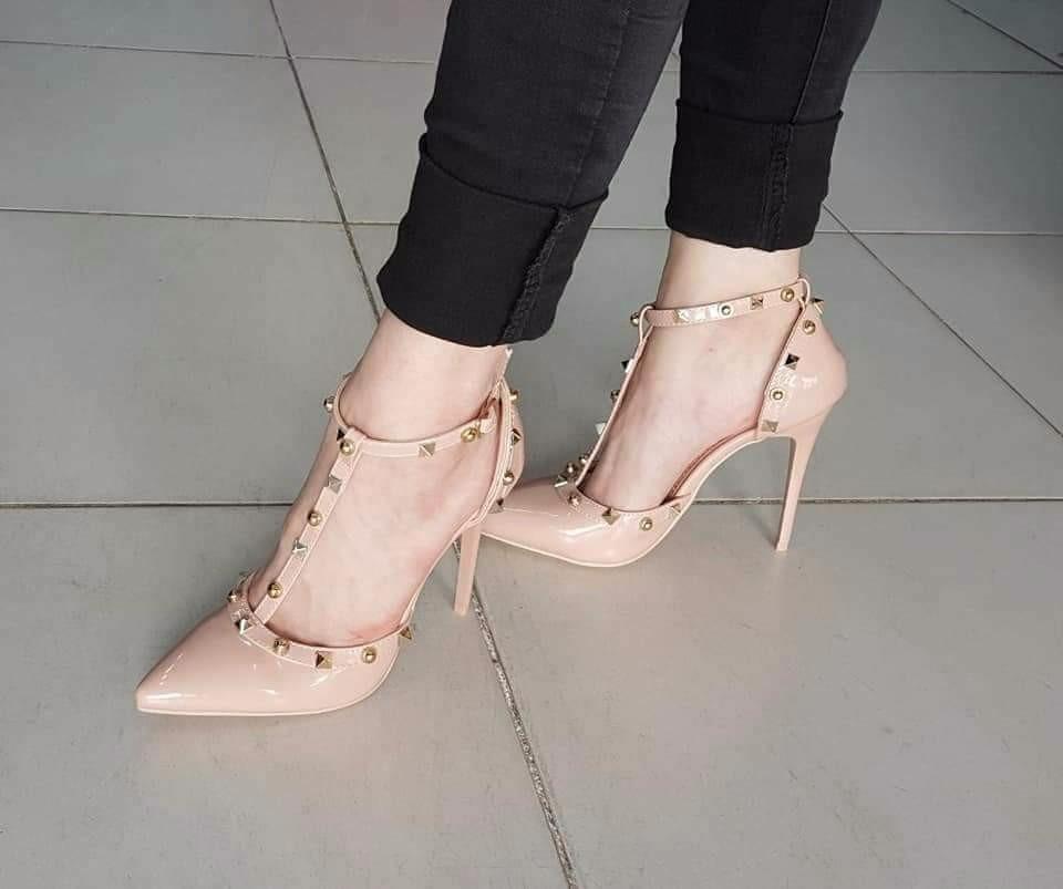 fdc15cfb71a22 stilettos zapatos con pulsera taco aguja importados. Cargando zoom.
