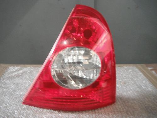 stop derecho renault clio 2005