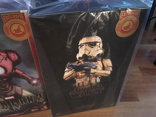 stormtrooper gold chrome shangai ex hot toys star wars