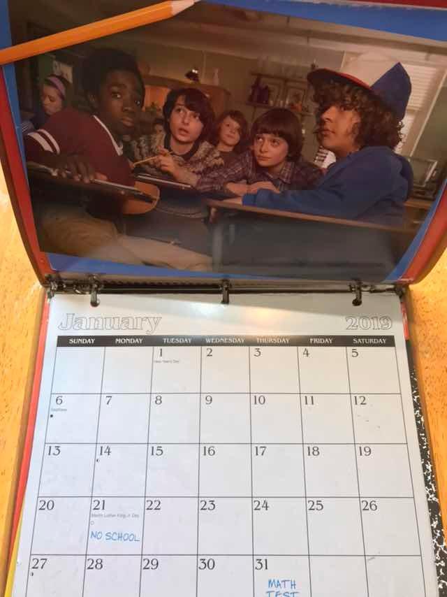 Calendario Stranger Things.Stranger Things 2019 Calendario Nuevo Y Cerrado