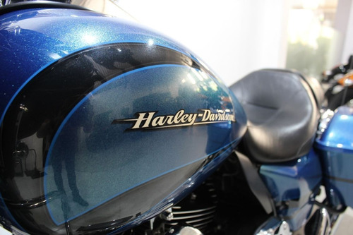 street glide harley davidson