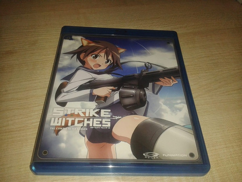 strike witches 1 a 2 tmp +filme e ovas