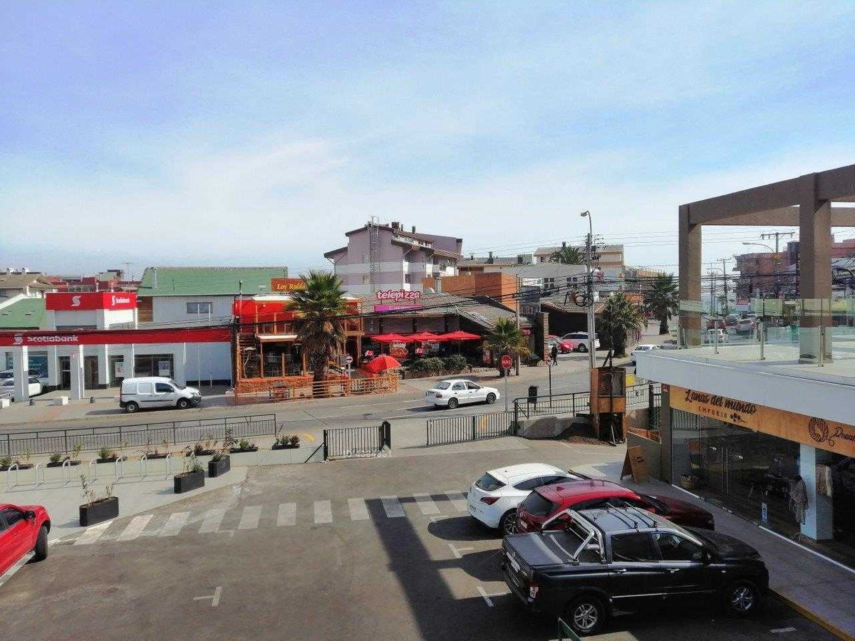 strip center nuevo / centro reñaca