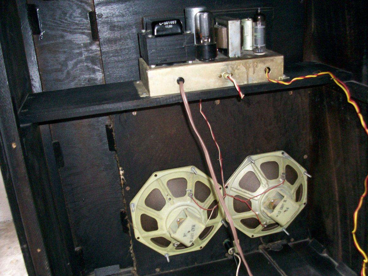Stromberg carlson amplificador de bulbos mono tipo consola for Consola de tipo industrial