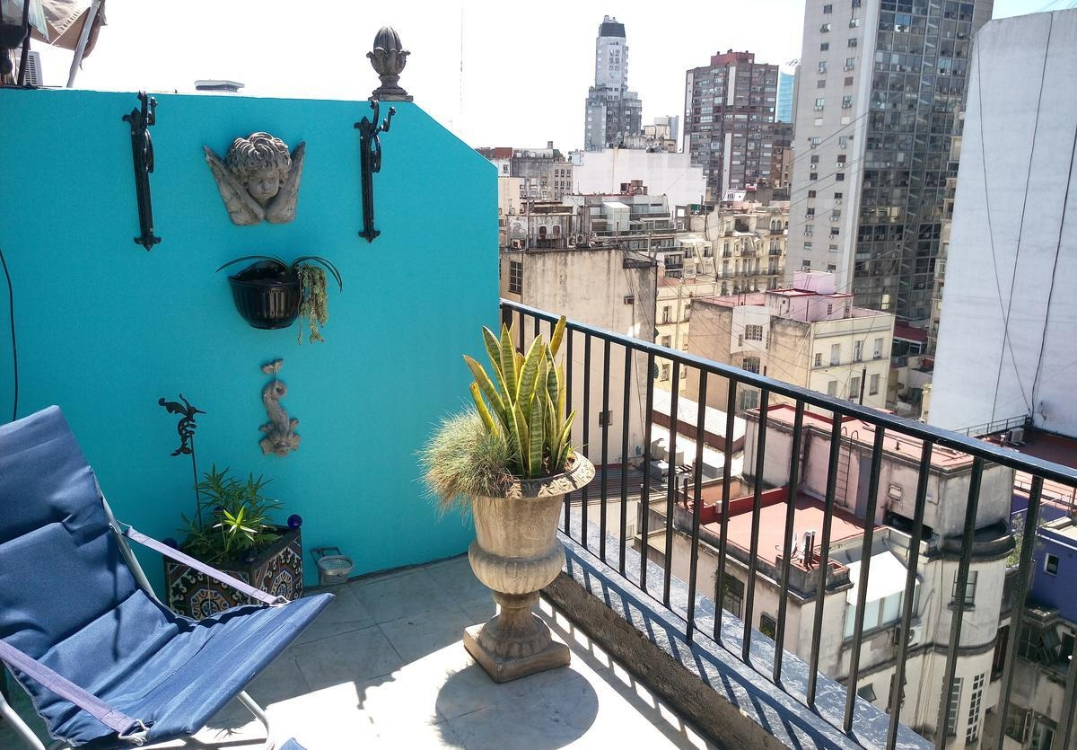 studio located at downtown area, with 33 m2 covered and 7 m2 of balcony!