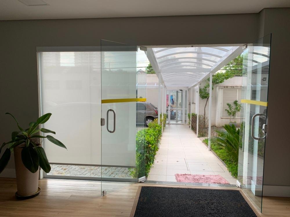 studio mobiliado com varanda integrada no cambuci
