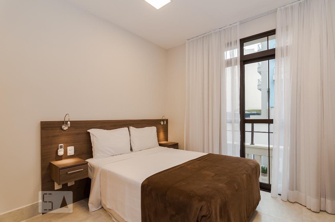 studio no 1º andar mobiliado com 1 dormitório - id: 892968371 - 268371