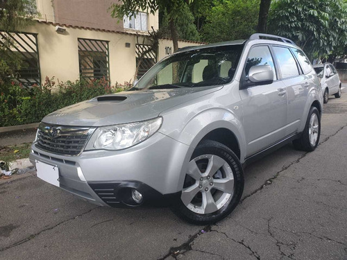 subaru forester xt  turbo 4x4 teto kit multimidia 2010 ud.