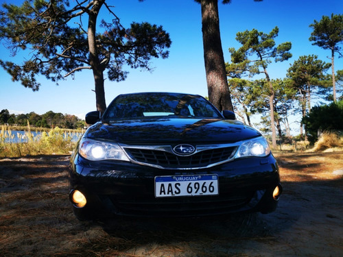 subaru impreza hatchback 2.0 at/sportshift awd