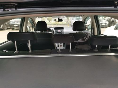 subaru xv 2.0 hatchback 2.0