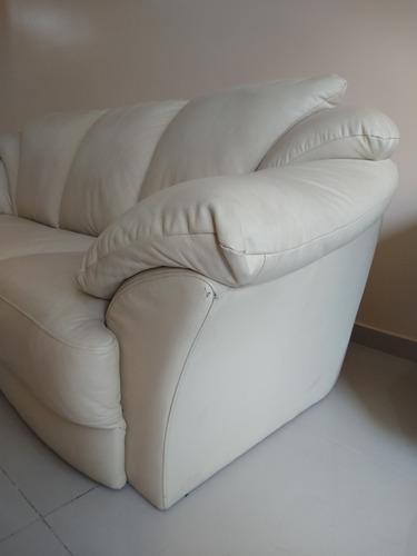 subasta de sofa 3 cuerpos ecocuero premium beige con detalle