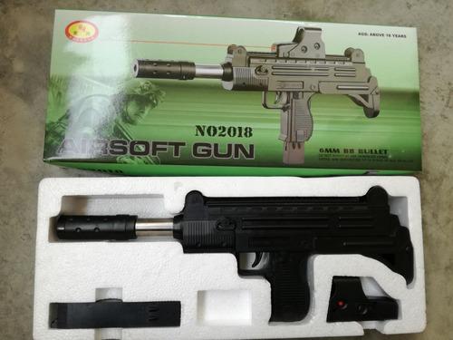 subfusil tipo uzi para airsoft + 1000 balines 6mm.