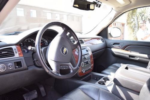 suburban 2009 tipo c - 5 puertas - asientos piel