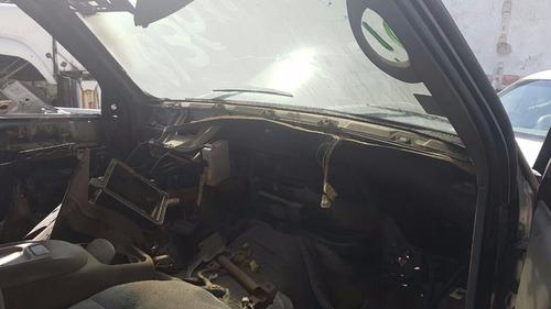 suburban1998 puertas vidrios transmision suspension defensa