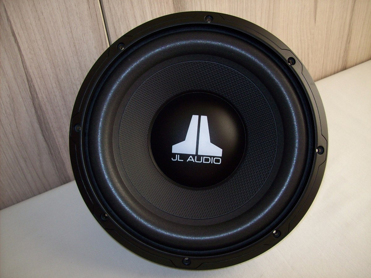 subwoofer jl audio 10wxv2 4 de 10 pulgadas totalmente. Black Bedroom Furniture Sets. Home Design Ideas