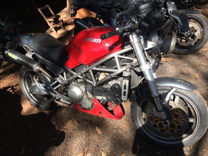 sucata cbr 1000 motor,roda,freio,suspensao,quadro b,bengala,