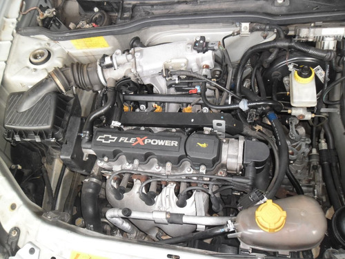 sucata celta 1.0 flex 2009 4 porta pra tirar peças motor cap