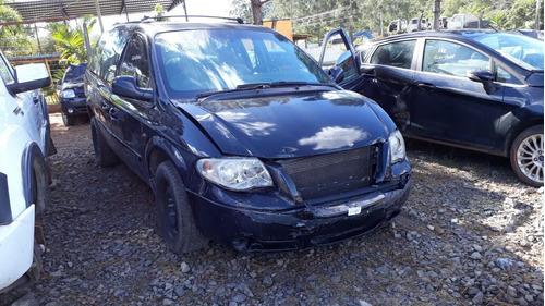 sucata chrysler grand caravan 3.3 v6 2005 rs peças