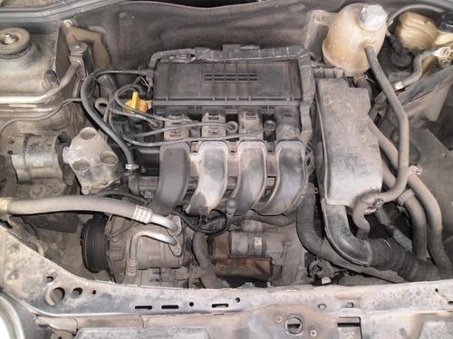 sucata clio sedan 1.0 16v 03 pra tirar peças motor capo modu