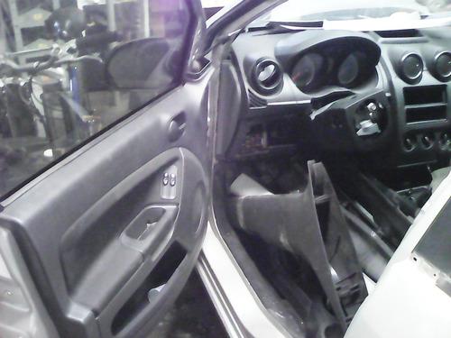 sucata de fiesta 1.0 8v flex - motor câmbio peças acessórios