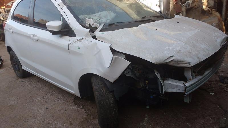 sucata de ford ka 2015 1.0 3cc motor/cambio só para peças