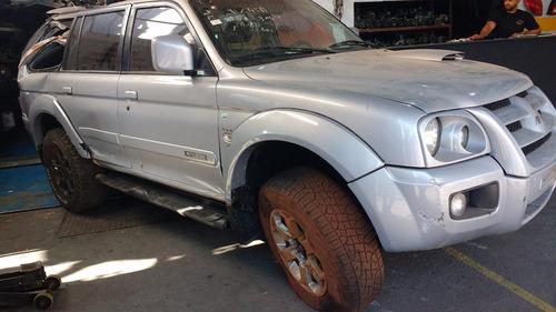 sucata de mitsubishi pajero sport 2010 motor/cambio só peças